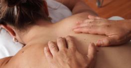 Massage gegen Schmerzen